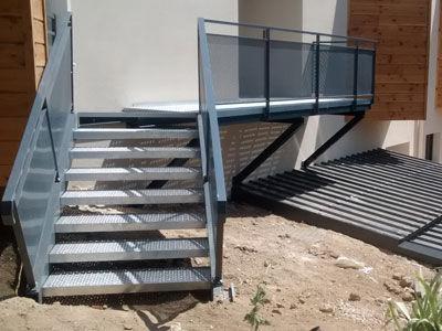 Installation d'un escalier métallique près de Voiron