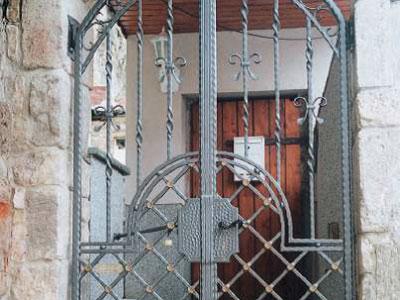 Ferronnerie d'art en Isère et pièces détachées